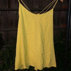 ✨BOGO✨Massimo Dutti strappy cami top criss design